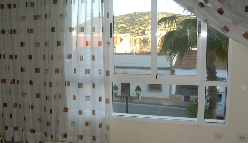 ventana-desde-dormitorio-55